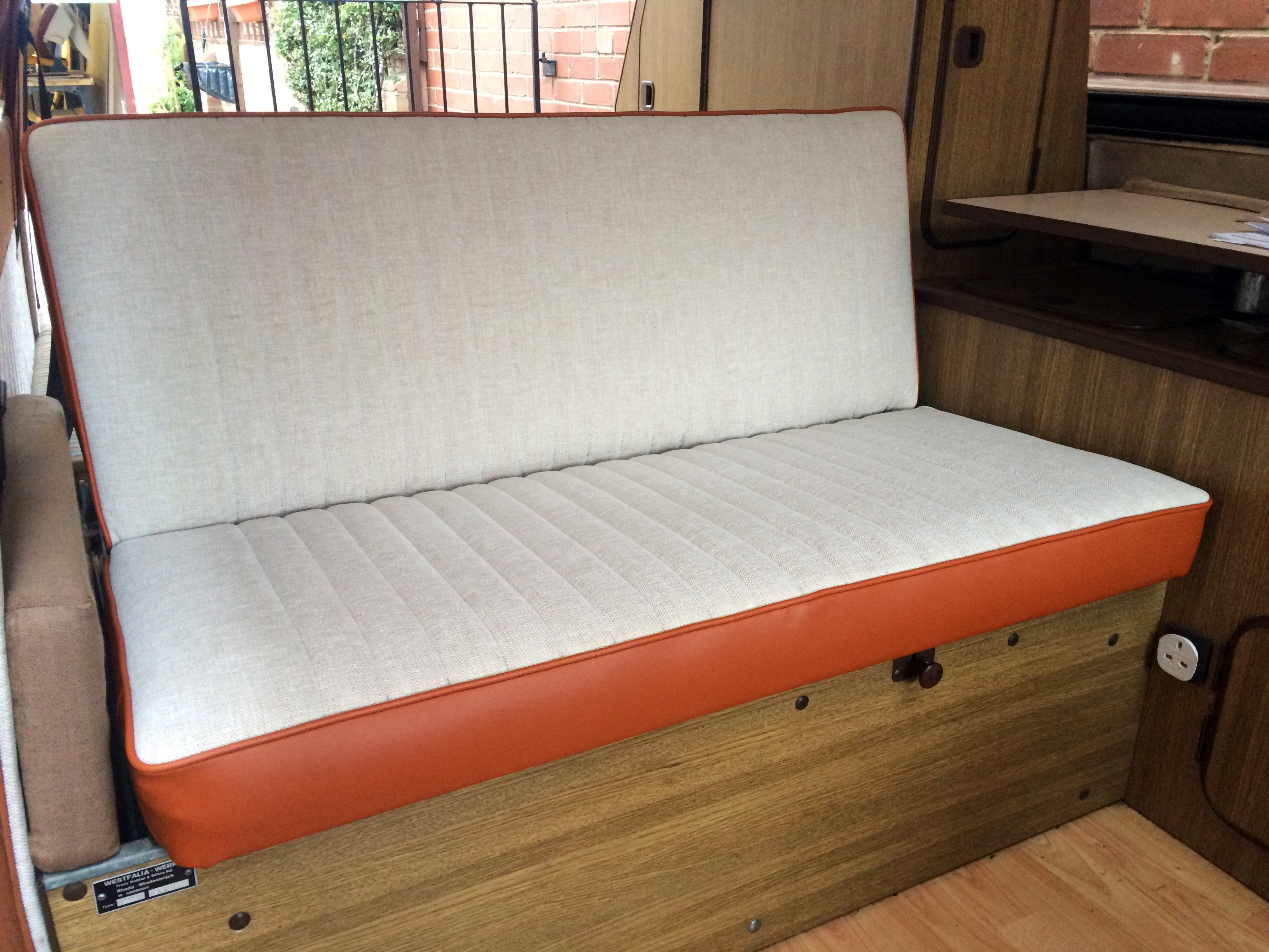 T25 Westy bed
